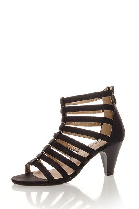 Černé páskové sandály