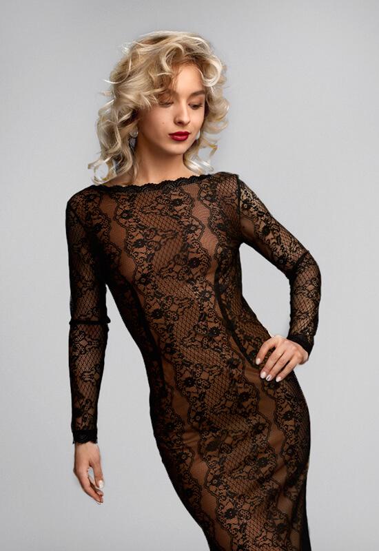 Obleka v slogu skoraj gola