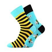 Trendy ponožky Vosy - každá ponožka jiná