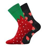 Trendy ponožky Jahody - každá ponožka jiná