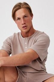 Hnědé tričko Henley
