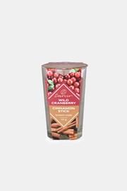 Vonná svíčka Wild Cranberry and Cinnamon Stick dvoubarevná