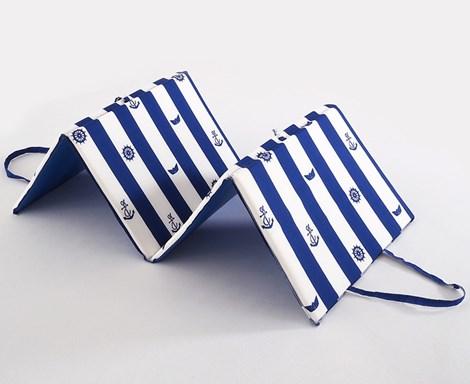 B.E.S. Petrovice Plážové lehátko Navy modrobílá 140x50x2