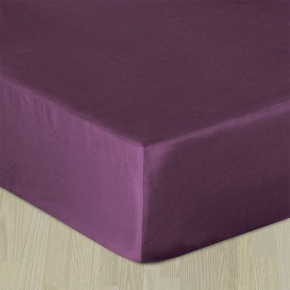 Napínací saténové prostěradlo fialové